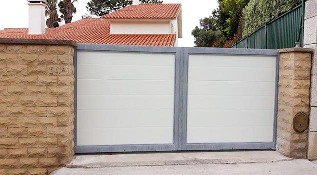 Portões de garagem Sintra