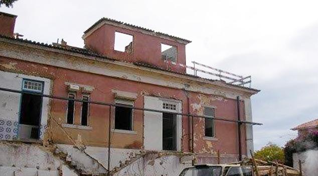 Estruturas metálicas para obras e contenção de fachadas e de paredes