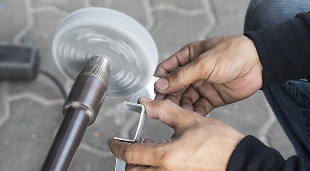 Escovagem de inox: polimento e esmerilamento