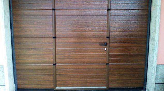 Portas de garagem manuais e automáticas