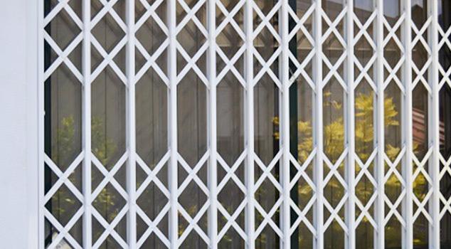 Grades de lagarta para portas, janelas e marquises